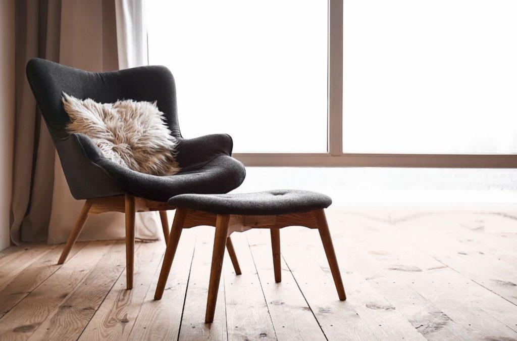summer-house-ideas-footstool