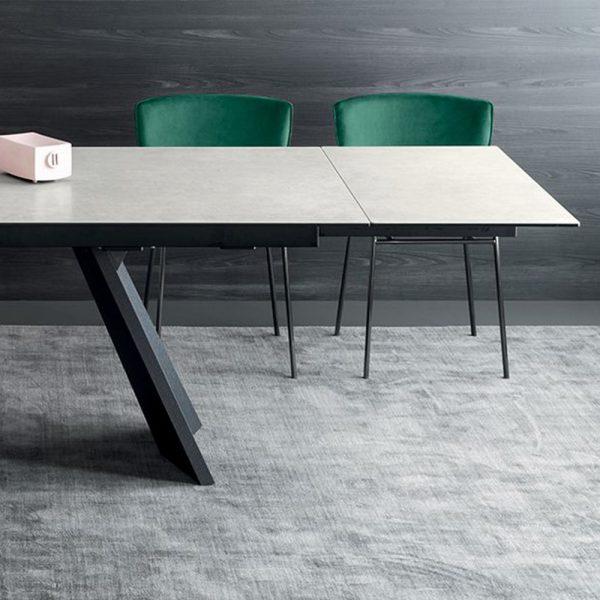 Icaro Table 4
