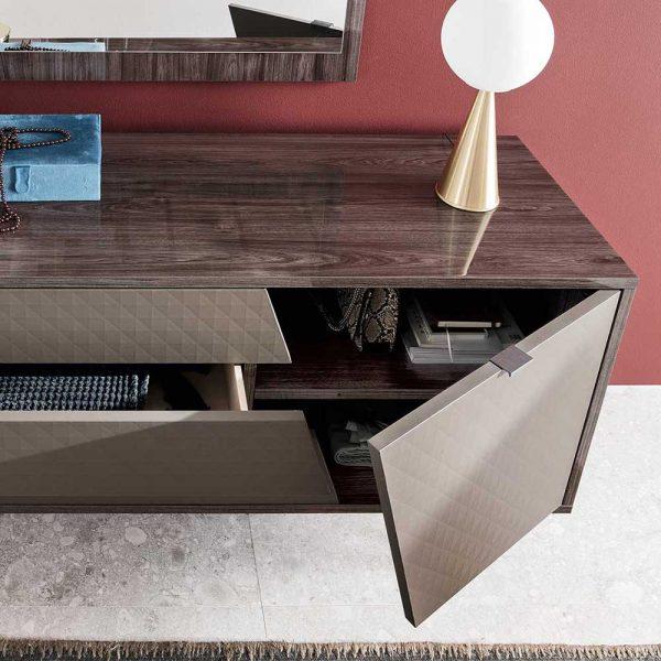 Alf Frida Dresser 3