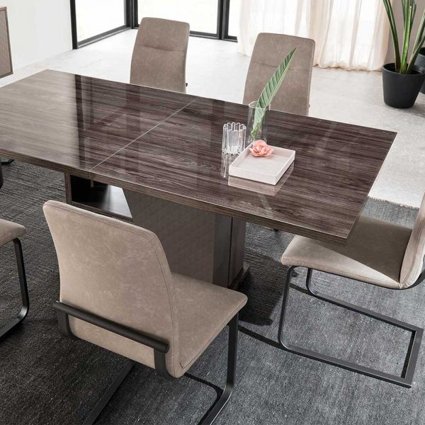 Alf Frida Table 4