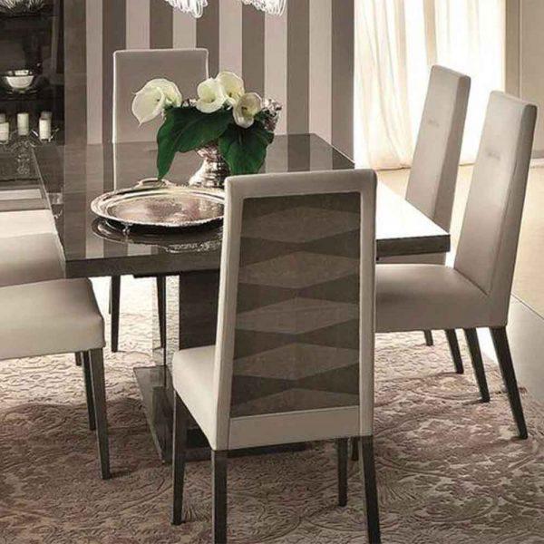 Alf Monaco Table 5